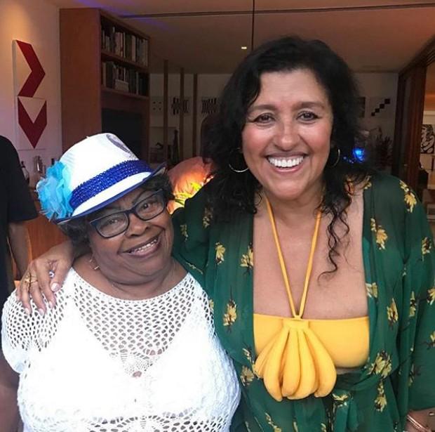 Regina Casé e Tia Surica (Foto: Reprodução/Instagram)