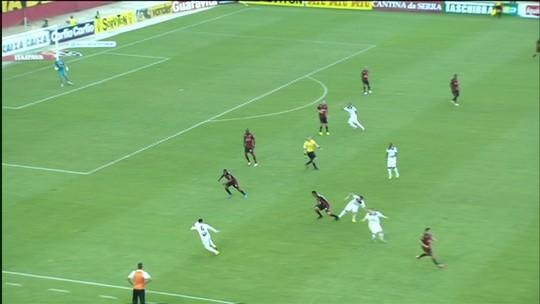 Mancini destaca superação e explica manutenção de Escudero no 2º tempo
