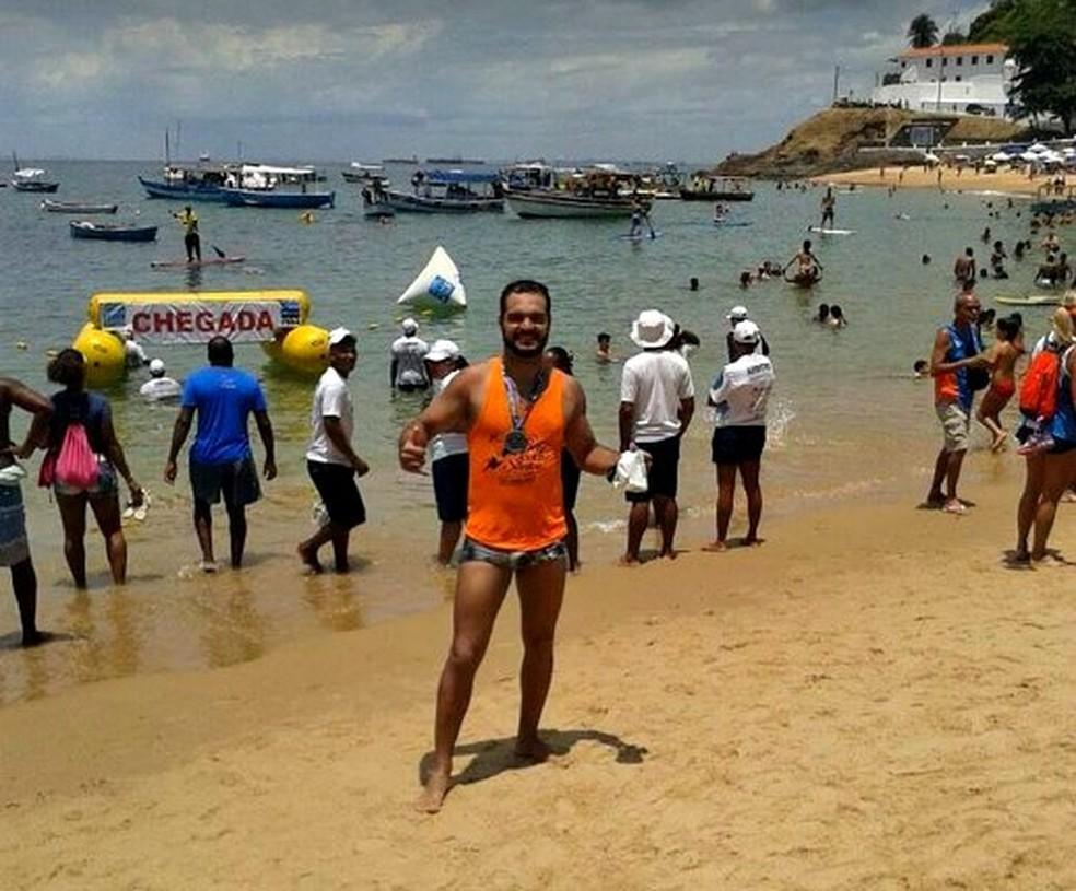 Alexandre virou atleta de maratona aquática graças a acupuntura (Foto: Arquivo pessoal)