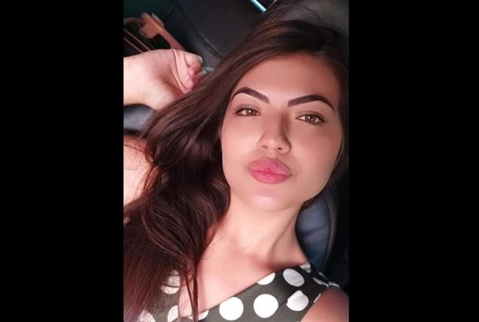 Raiane Miranda de Almeida, de 20 anos, foi morta a facadas em Santana — Foto: PM/Divulgação