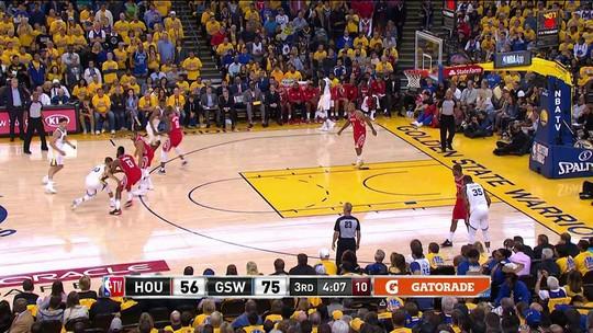 Com despertar de Curry e brilho de Durant, Warriors massacram os Rockets