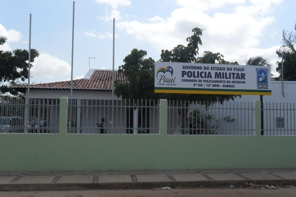 Jovem é assassinado a tiros após sair de festa na zona rural de Barras, no Piauí