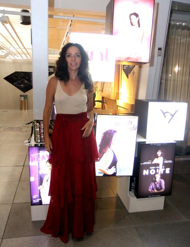 Claudia Ohana na premiére de Desnude, no Youtube Space, no Rio de Janeiro (Foto: Daniel Pinheiro)