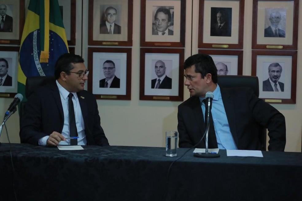 Reunião entre o governador do Amazonas Wilson Lima e o ministro da Justiça e Segurança, Sérgio Moro, aconteceu em Brasília nesta terça-feira (11).  — Foto: Divulgação/Secom