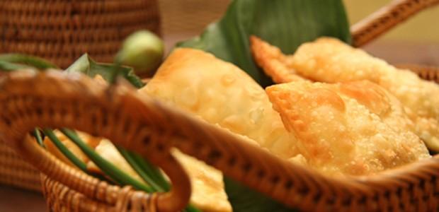 Pastel de brie com geleia de amora e pimenta dedo-de-moça (Foto: divulgação)
