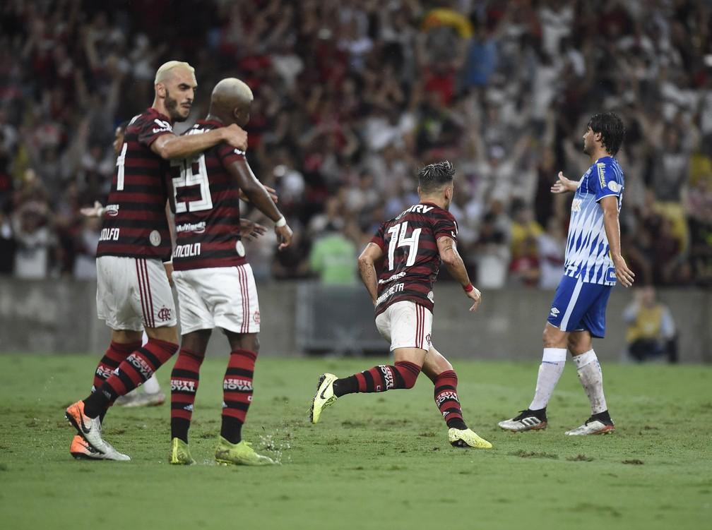 Flamengo já é dono da melhor campanha, melhor ataque, maior invencibilidade e maior artilheiro do atual formato do Brasileirão — Foto: André Durão