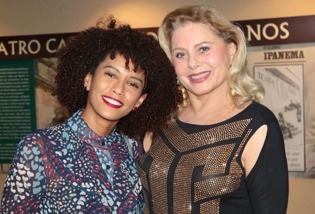 Tais Araújo e Vera Fischer (Foto: Daniel Janssens/Ed. Globo)