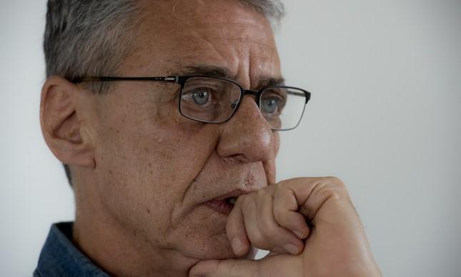 Filme sobre Chico Buarque é censurado pelo Itamaraty