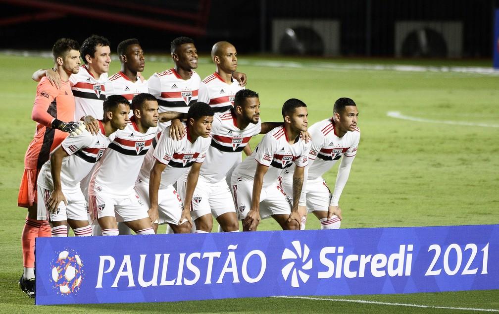 São Paulo joga Paulistão sem patrocinador máster — Foto: Marcos Ribolli