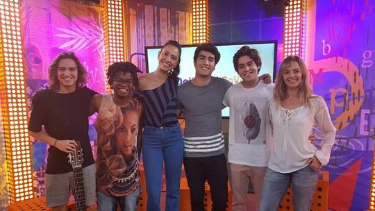 #MalhaçãoAoVivo tem desafio musical, parceria de Pedro e Tom, e participação de Bianca Rinaldi