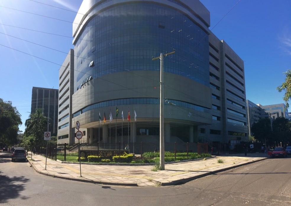 Os demonstrativos de pagamento relativos aos processos que tramitam na Justiça Federal já foram anexados aos processos — Foto: Luã Hernandes/G1