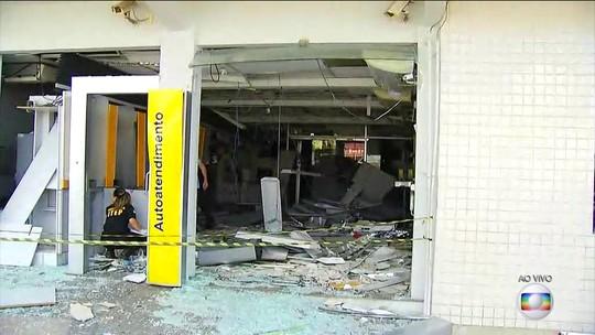 Com explosivos, quadrilhas atacam quatro bancos e agência dos Correios no interior do RN