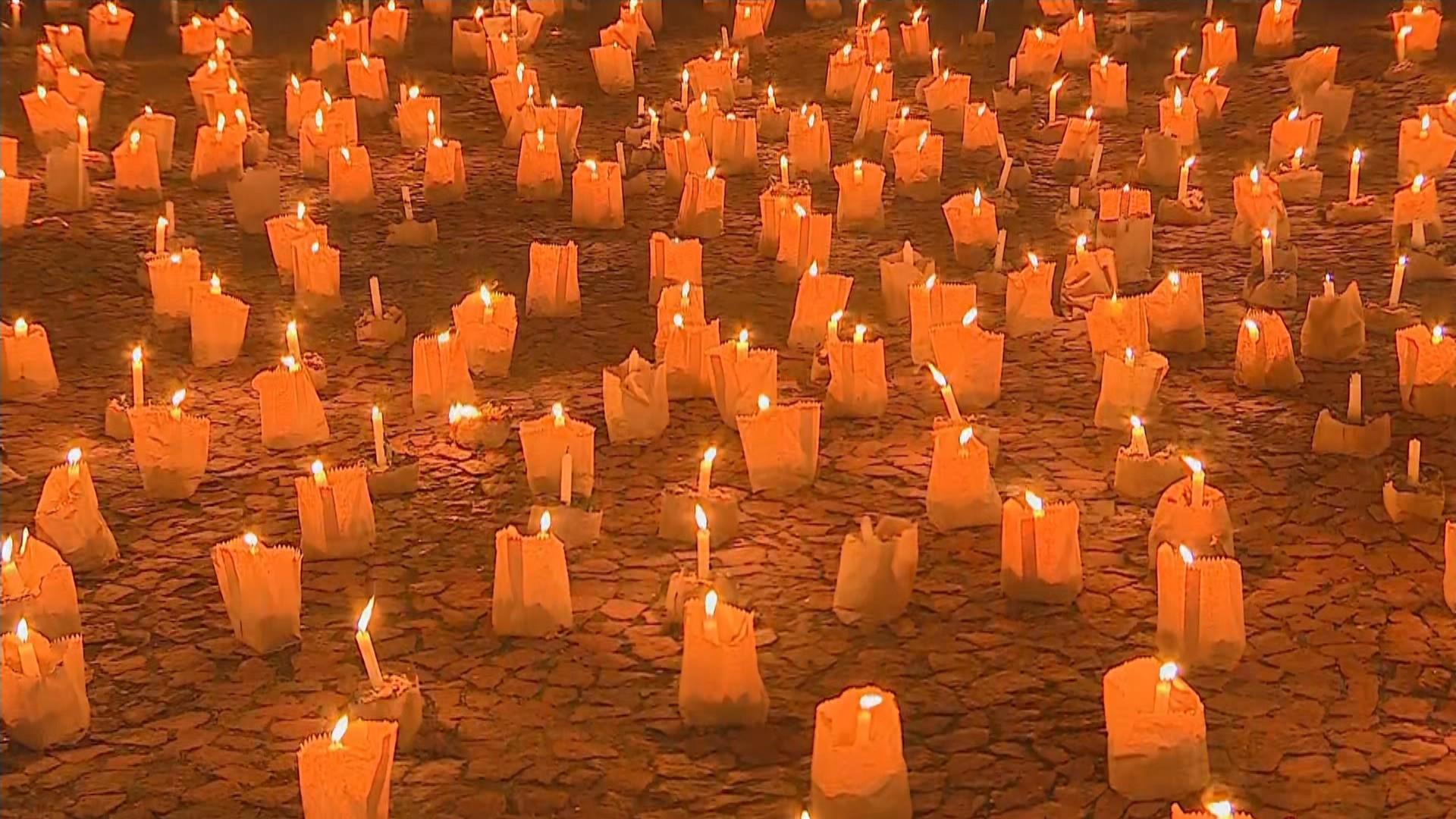 Porto Alegre tem ato em homenagem aos mais de 500 mil mortos pela Covid no país