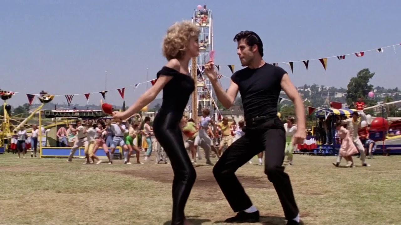 Olivia Newton-John e John Travolta em 'Grease' (1978) (Foto: Divulgação)