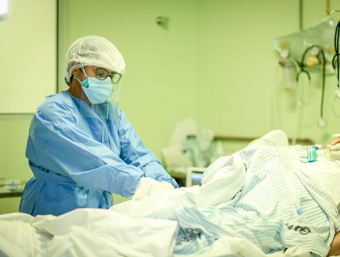Hospitais recebem novos leitos de UTI Covid, mas Sesapi alerta: 'capacidade de ampliação é limitada'