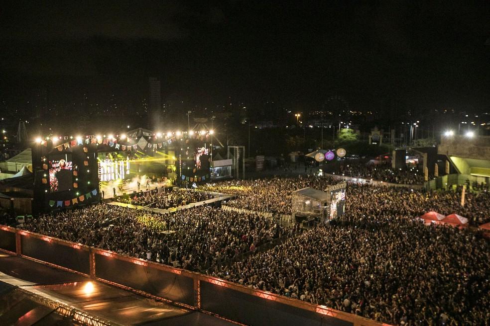O evento ocorre na área externa do Classic Hall, em Olinda. — Foto: Foto: Charles Johnson/Divulgação