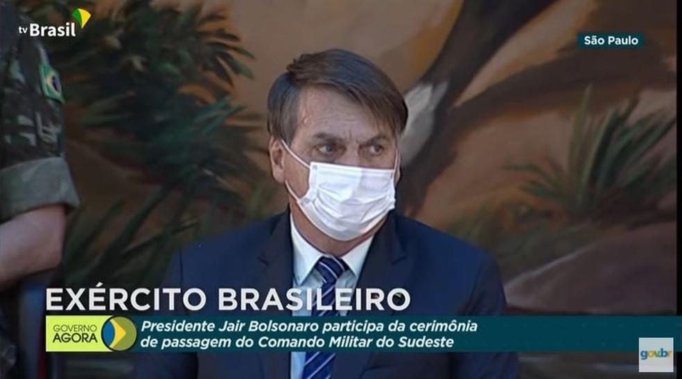 Bolsonaro participa de cerimônia de troca de comando militar do sudeste em São Paulo nesta quinta-feira (15) — Foto: Reprodução