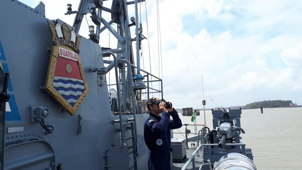 Navio patrulha passa a monitorar a costa piauiense à procura de manchas de óleo — Foto: Divulgação/Capitania dos Portos do Piauí