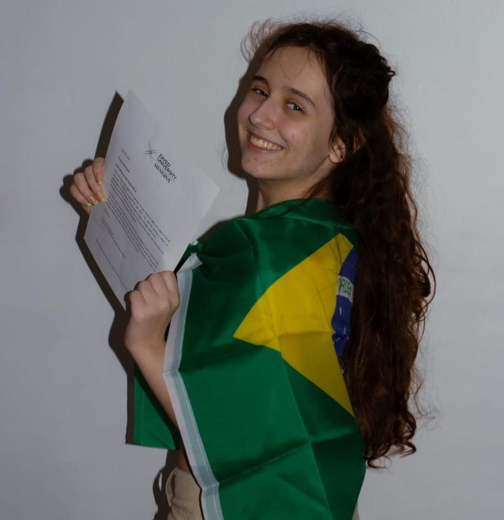 Rhayssa Braz vai estudar, inicialmente, em Abu Dhabi, nos Emirados Árabes — Foto: Arquivo pessoal
