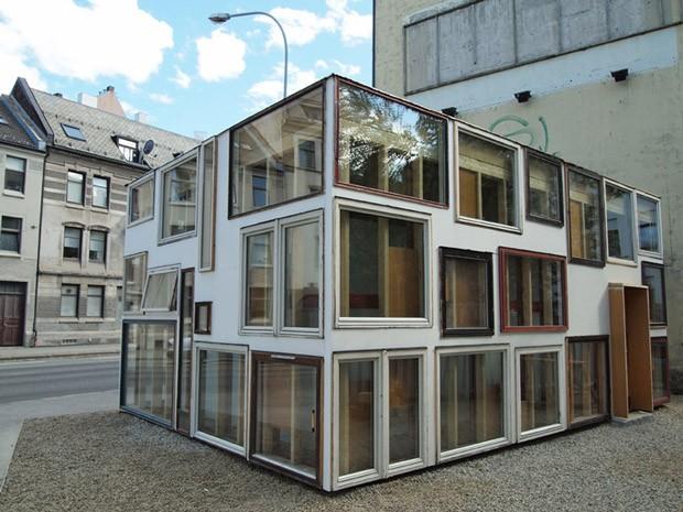 Zona ecológica na Noruega reúne projetos arquitetônicos experimentais (Foto: Marius Waagard)