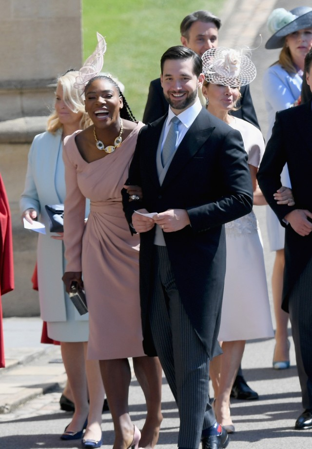 WINDSOR, ENGLAND - MAY 19: Serena Williams and Alexis Ohanian attend the wedding of Prince Harry to Ms Meghan Markle at St George's Chapel, Windsor Castle on May 19, 2018 in Windsor, England. Prince Henry Charles Albert David of Wales marries Ms. Meghan (Foto: Getty Images)