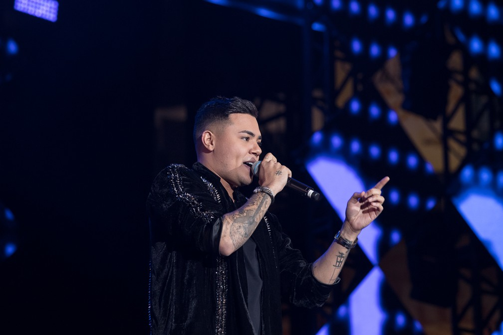 Ao som de 'Atrasadinha', Felipe Araújo encerra apresentação no Palco Arena em Barretos 2019 — Foto: Ricardo Nasi / G1