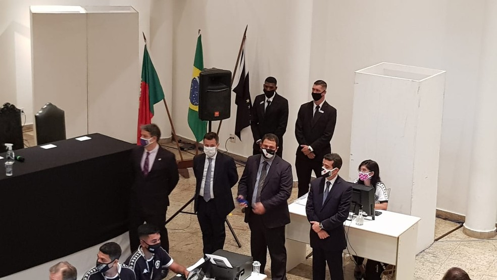 Mesa do Conselho Deliberativo do Vasco com Carlos Fonseca, Renato Brito, Marcelo Rocha e Leandro Coutinho — Foto: Hector Werlang / ge