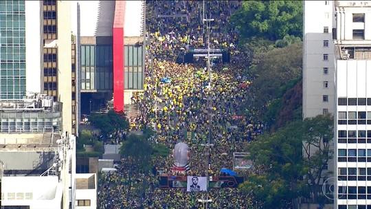 Apoiadores de Jair Bolsonaro participam de manifestações em 57 cidades