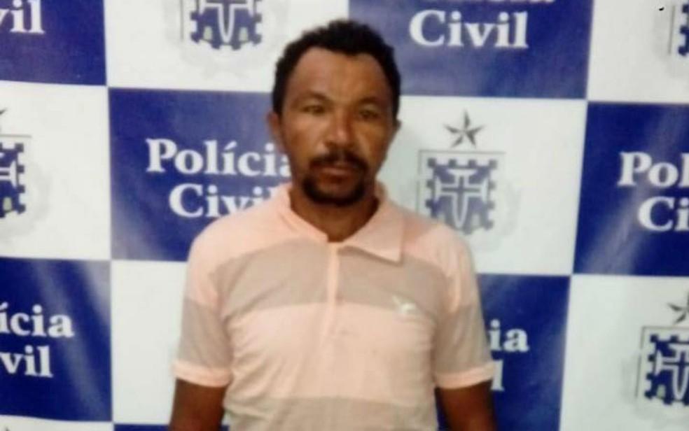 Homem foi preso em flagrante após invadir casa da ex-companheira roubar antena  (Foto: Divulgação/Polícia Civil)