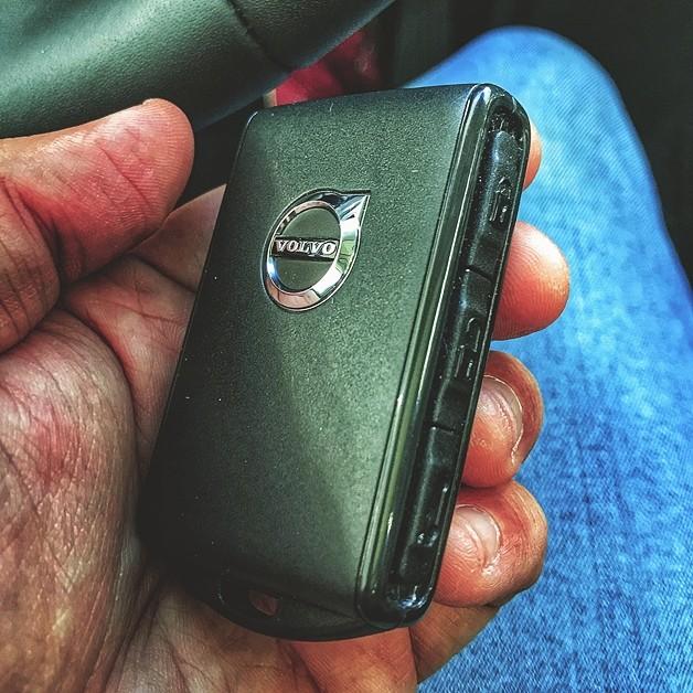 Volvo XC60 Momentum D5 2019 (Foto: Diogo de Oliveira/Autoesporte)