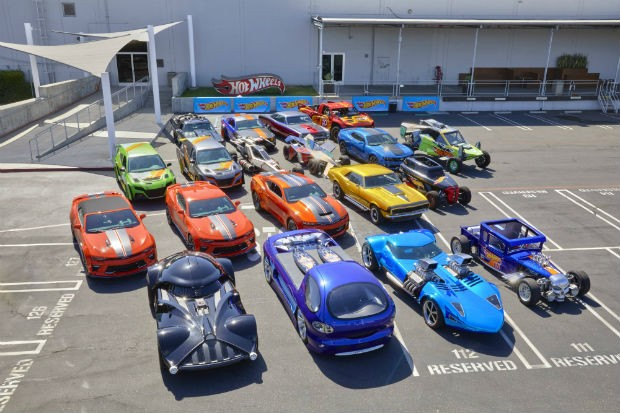 Hot Wheels mostra sua coleção de carros em tamanho real (Foto: Divulgação)