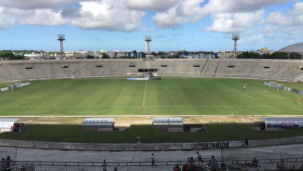 O Estádio Almeidão vai receber pela primeira vez a versão 2019 do Botafogo-PB — Foto: Lucas Barros/GloboEsporte.com