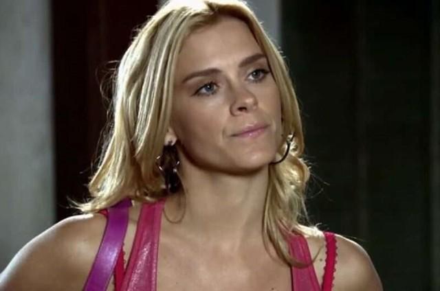 Carolina Dieckmann é Teodora em 'Fina estampa' (Foto: TV Globo)
