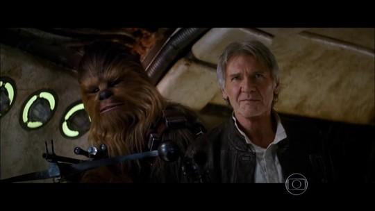 'Star Wars: O Despertar da Força' estreia com expectativa de fãs no mundo todo