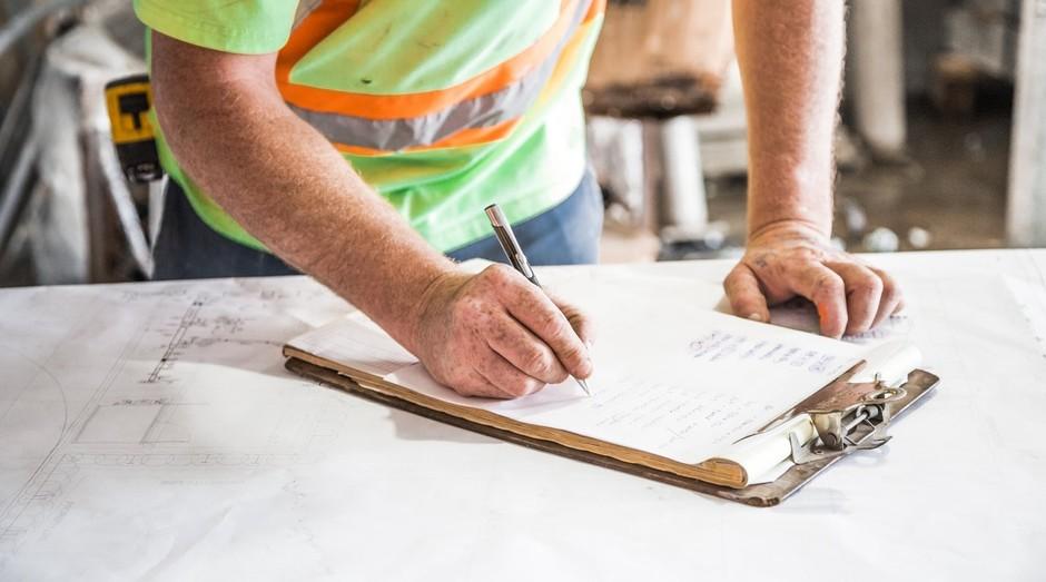 Indústria; construção (Foto: Pexels)