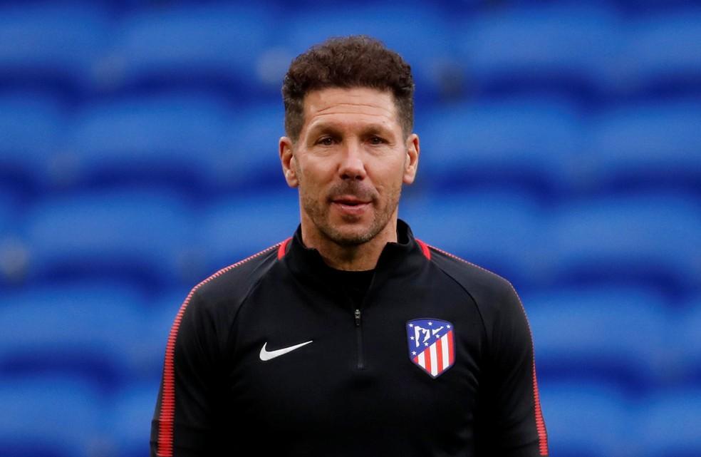 Diego Simeone não estará no banco, mas Atlético de Madrid entra como favorito para manter soberania espanhola (Foto: Reuters)