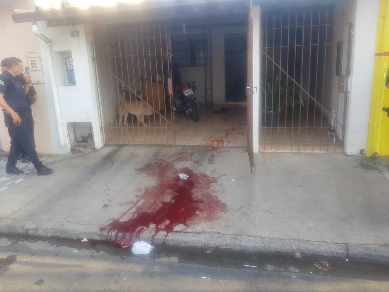 Homem esfaqueia ex-mulher em tentativa de feminicídio em Piracicaba - Notícias - Plantão Diário