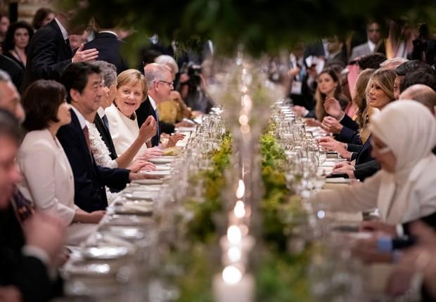 Líderes mundiais em jantar na abertura do G-20, em Buenos Aires (Foto: Guido Bergmann/Bundesregierung via Getty Images)