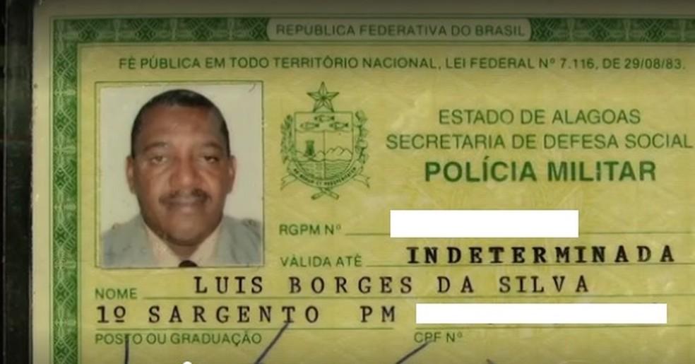 Sargento da PM/AL, Luis Borges da Silva, foi morto ao reagir a assalto em micro-ônibus em 2013 — Foto: Reprodução/TV Gazeta