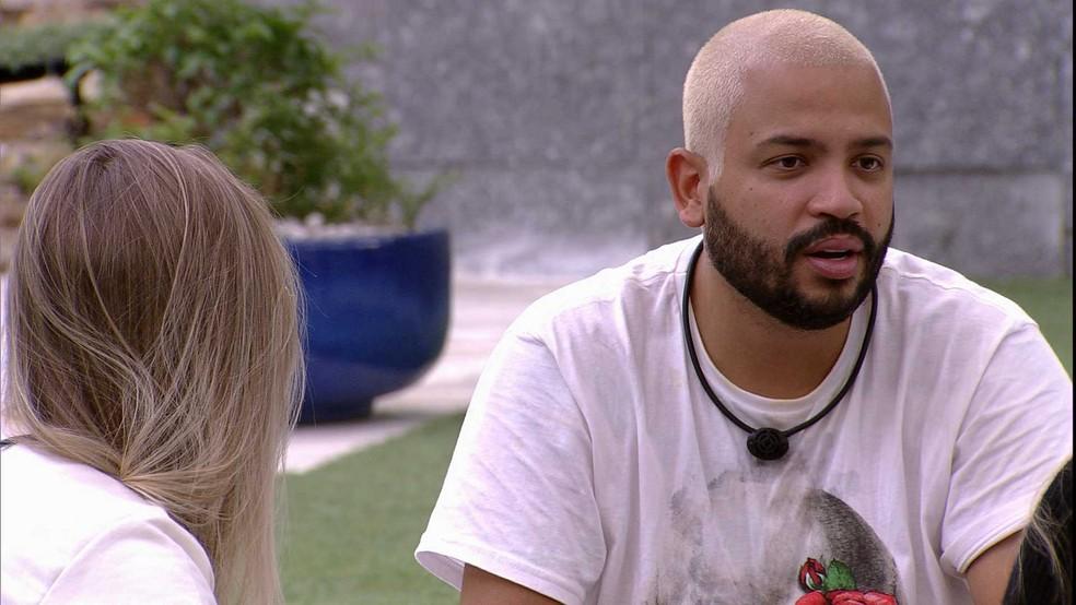 Projota dispara sobre Arcrebiano no BBB21: 'Se tem uma pessoa que está ridícula nessa história é ele' — Foto: Globo