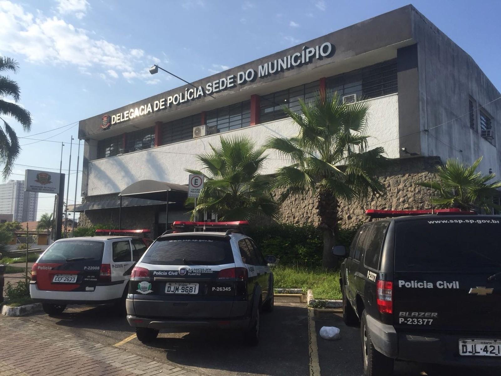 Homem invade prédio, agride a tia e exige ser preso no litoral de SP - Noticias