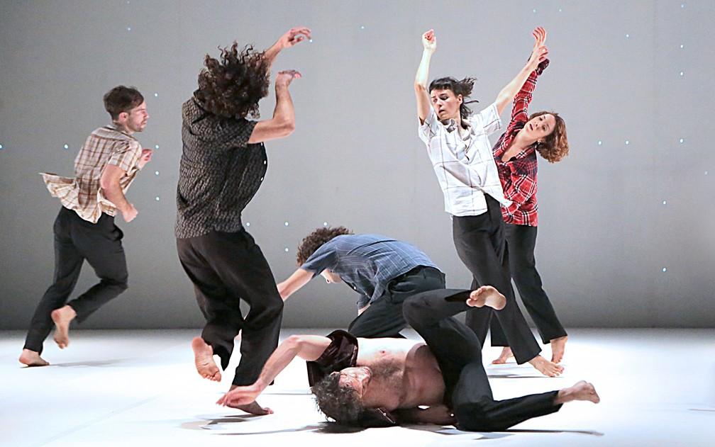 -  Espetáculo  Big Bang  estreia no Brasil na Bienal de Dança, em Campinas  Foto: Beto Assem/Divulgação