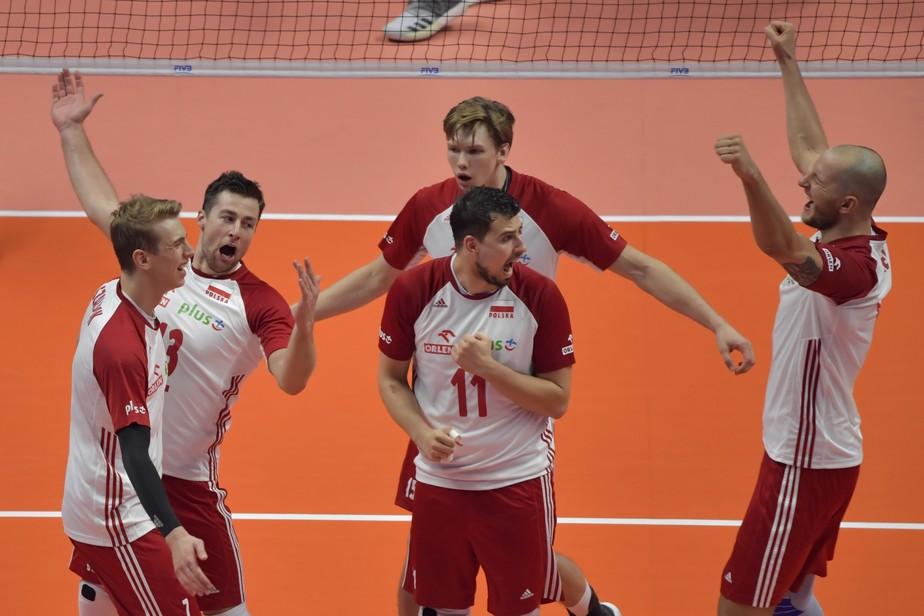 No jogo das viradas, Polônia vence os EUA no tie-break e pega o Brasil na final do Mundial