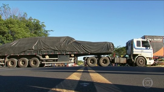 Protestos dos caminhoneiros entra no terceiro dia