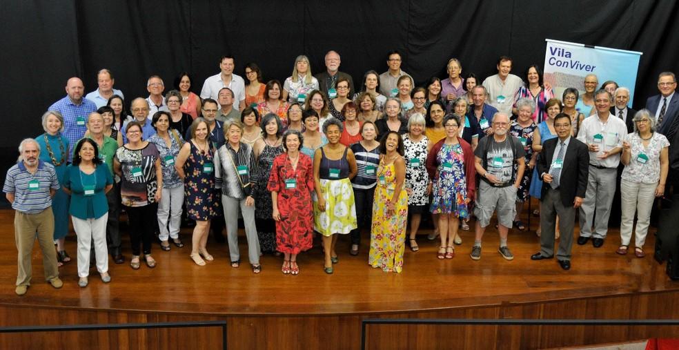 Integrantes da Associação de Moradores da Cohousing Sênior Vila Conviver, em Campinas (SP) (Foto: Sandra Lopes/Divulgação)