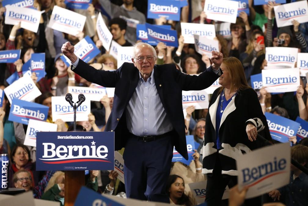 Bernie Sanders faz comício em Essex Junction, em Vermont — Foto: Reuters/Caitlin Ochs