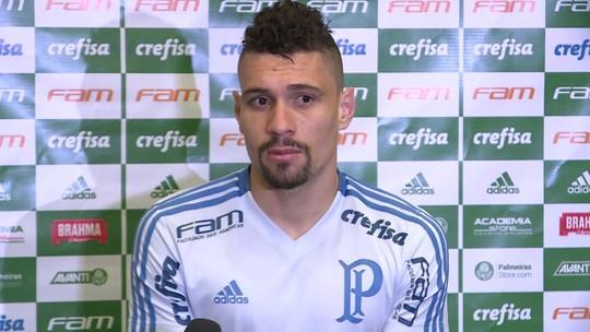 """Moisés elogia Deyverson e cita evolução do atacante do Palmeiras: """"Cara sensacional"""""""