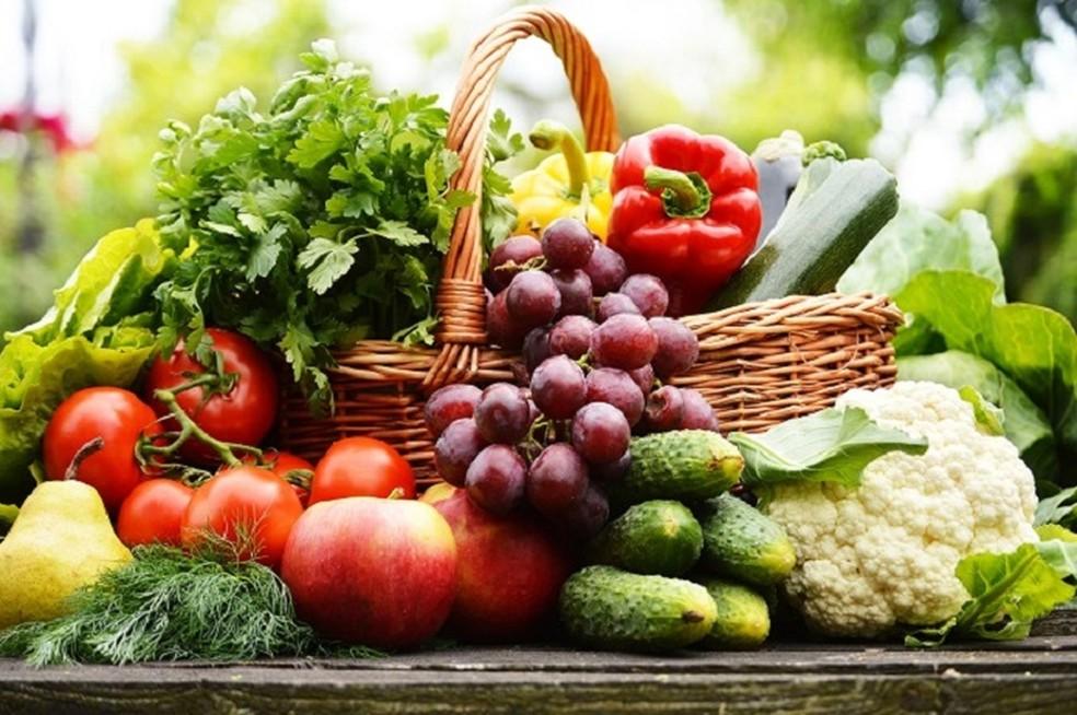 35050bede770d ... Refeição vegetariana deve ser feita de alimentos com uma variedade de  nutrientes diferentes — Foto