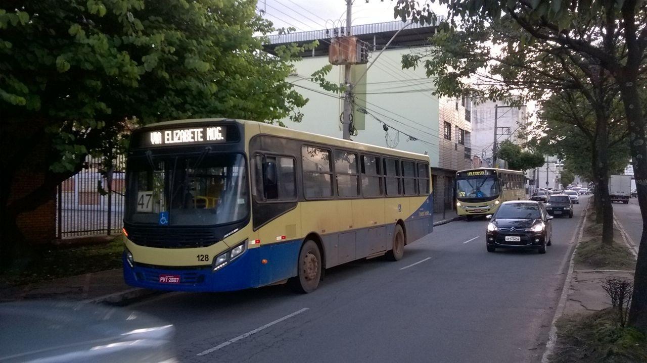 Coronavírus: Empresa de ônibus em Divinópolis é multada mais de cem vezes por descumprir decreto