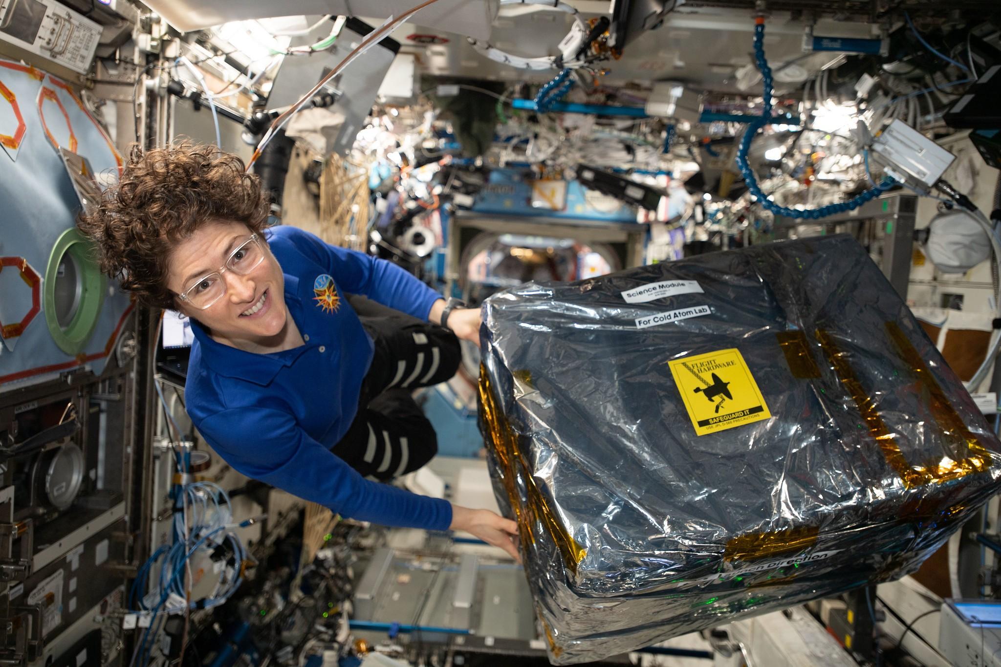 Astronauta Christina Koch é a mulher a passar mais tempo sozinha no espaço (Foto: Nasa/Divulgação)